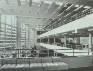 Abb. 5: Kassenhalle.