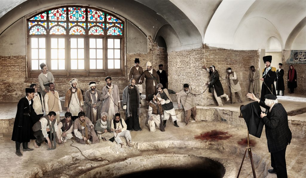 Abb. 2: Azadeh Akhlaghi, Baghe-Shah, Tehran– Jahangir Khan Sur-e-Esrafil, Nasrollah Malek-al-Motekallemin / 24 June 1908, 2012, Digital Print on Photo Paper, 110 x 188 cm.