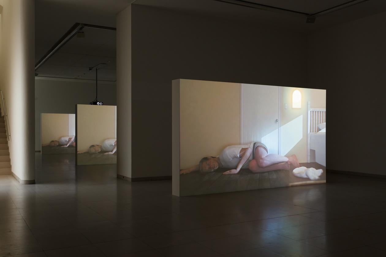 Abb. 2: Ed Atkins, Ausstellungsansicht MMK Museum für Moderne Kunst Frankfurt am Main 2017; Filmstill, Hisser 2015/2017.